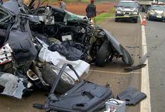 Colisão entre carro e caminhão mata casal no Vale do Taquari Polícia Rodoviária Federal/Divulgação