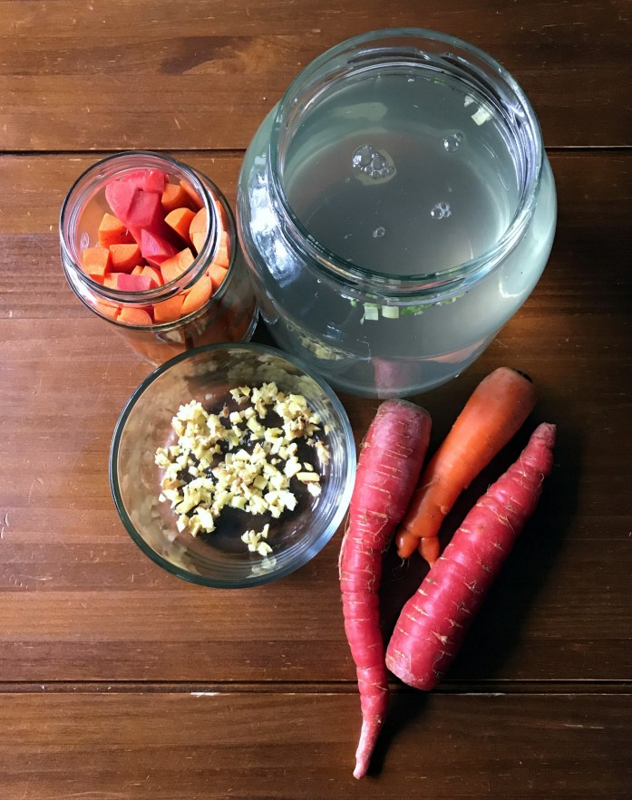 ingredients for fermented carrots