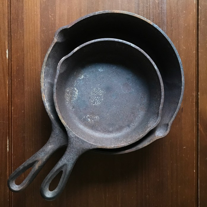rust cast iron pans