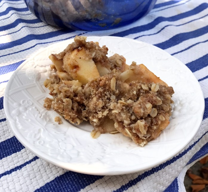 Use-It-Up Vegan Apple Crumble