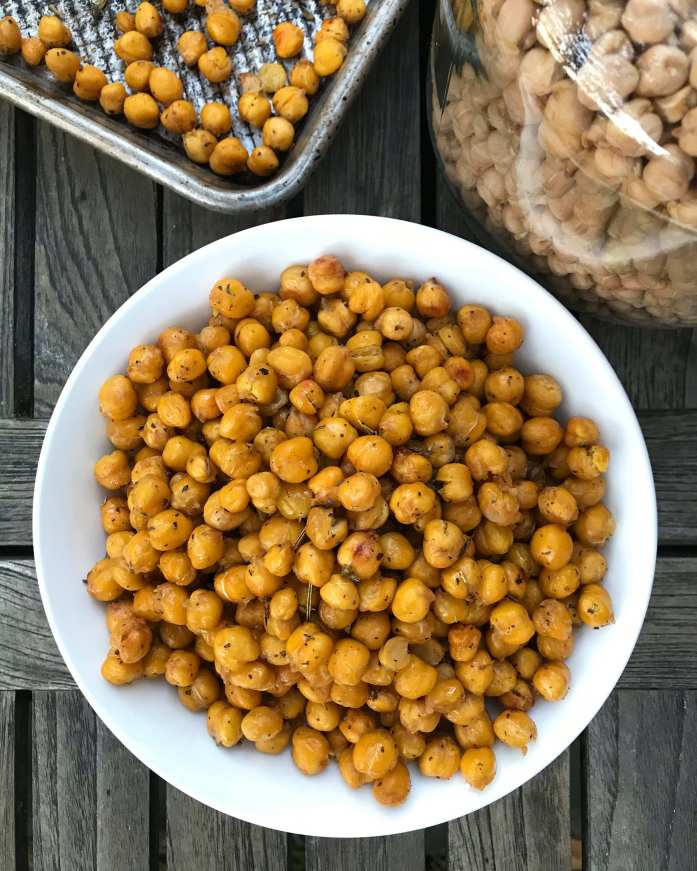 roasted chickpeas are perfect zero waste snack for kids