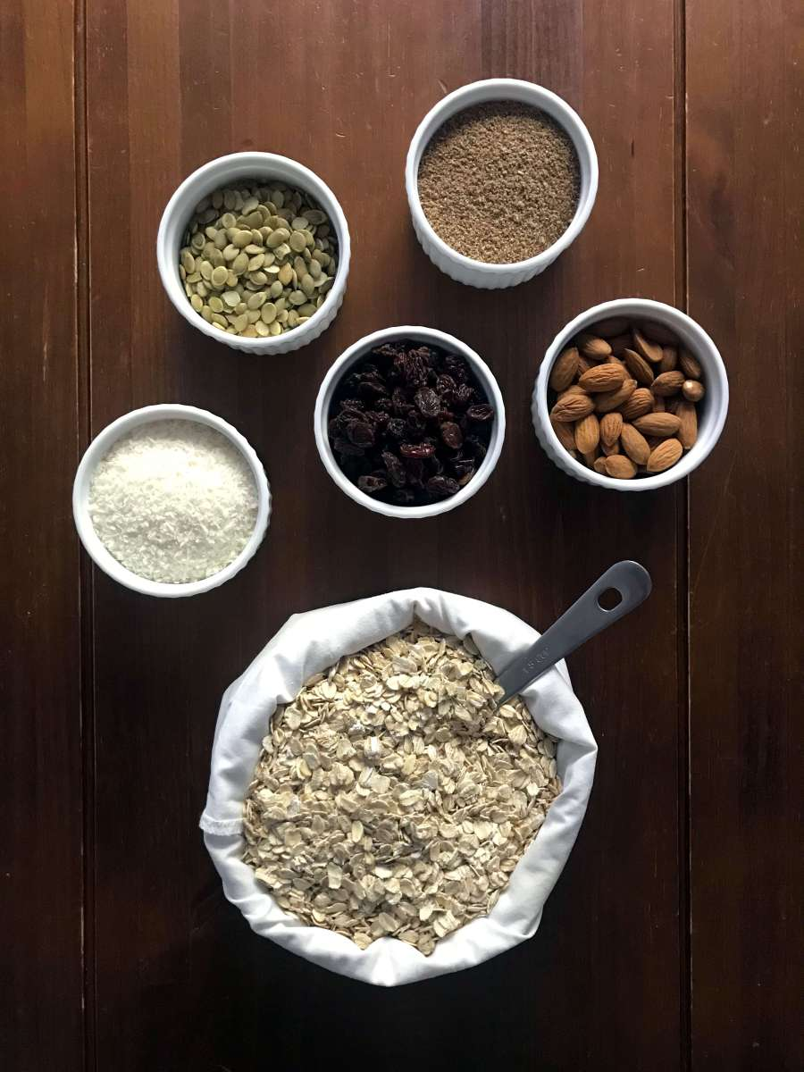 muesli ingredients, oats, nuts, seeds and dry fruit