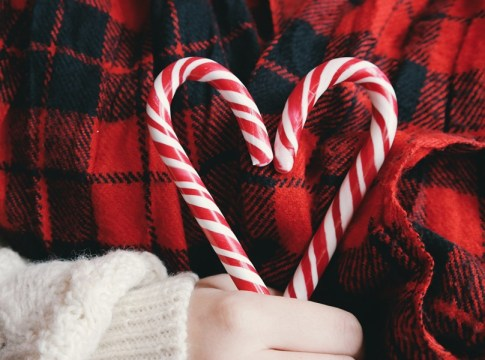 What To Do If Your Spouse Hates Christmas But You LOVE Christmas