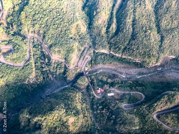 Reunion-helicopter-cilaos-road-bends