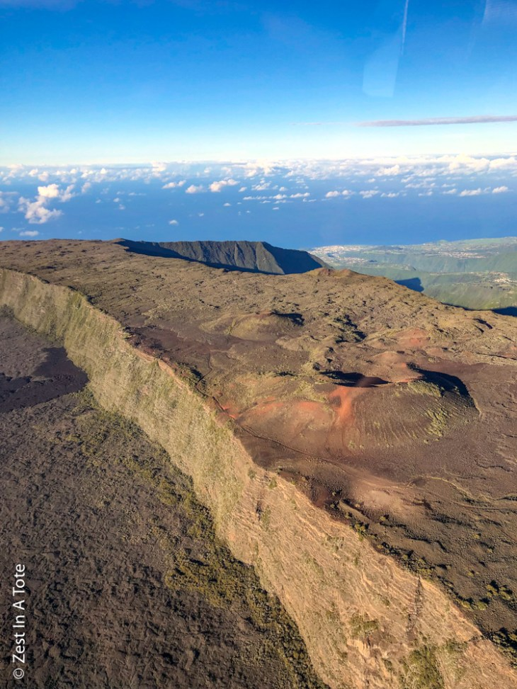 Reunion-helicopter-lepiton-outer-caldera