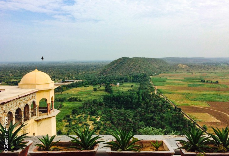 Tijara-breakfast-view-Hawa-Mahal