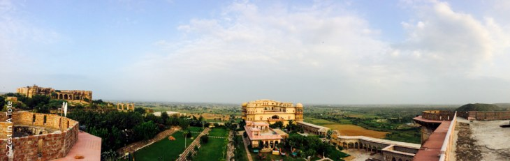 Tijara-panorama-view-from-Hawa-Mahal