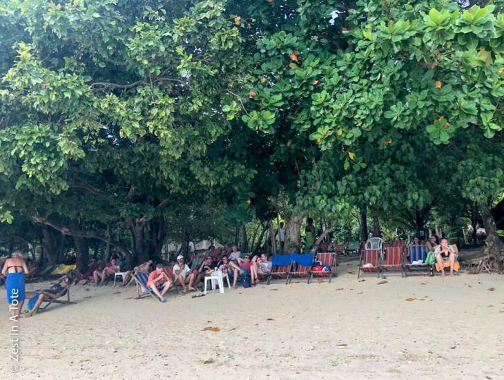 rang-yai-deckchairs