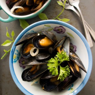 Steamed Mussels with Apple Cider (Nightshade-Free, Paleo, AIP)