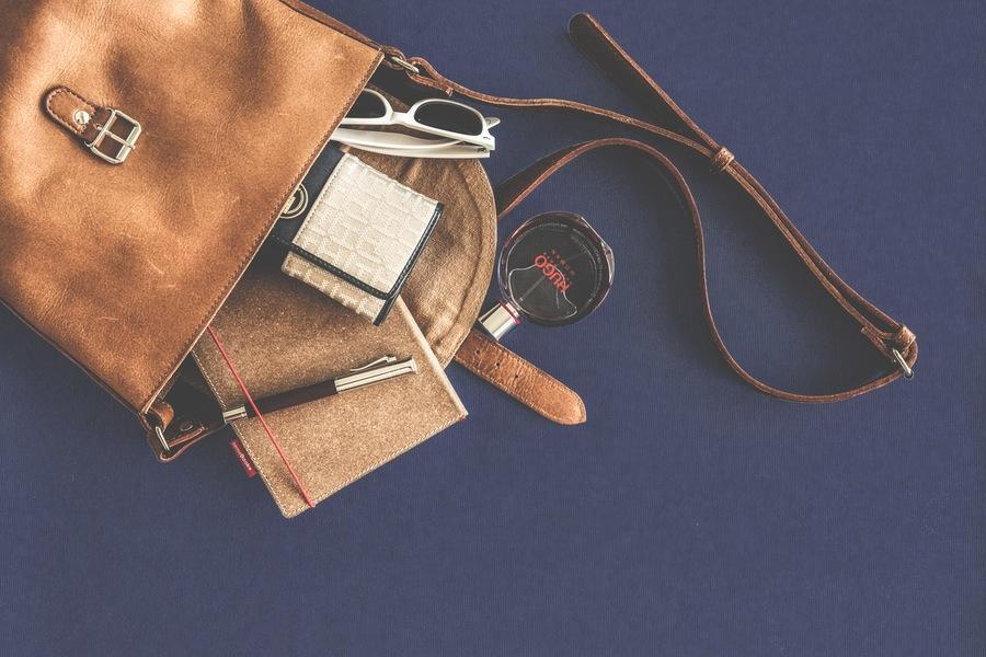 Telling Better Digital Stories – Etsy's Customer Engagement Story