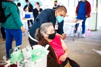 Vacunación en la Lázaro Cárdenas. Foto: Alejandro Gutiérrez