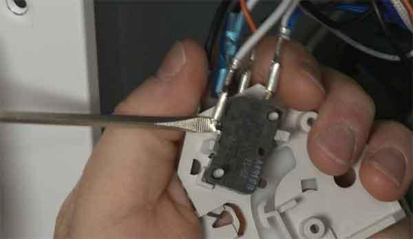 Переключатель дверной на микроволновку