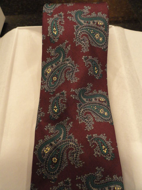 """Vintage Men's Tie By HARDY AMIES ALL SILK LONDON Great Lining 3"""" x 57 1/2"""" NWOT"""