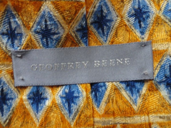Vintage Men's GEOFFREY BEENE Tie Blue Yellow Diamond Pattern Imported Fabric