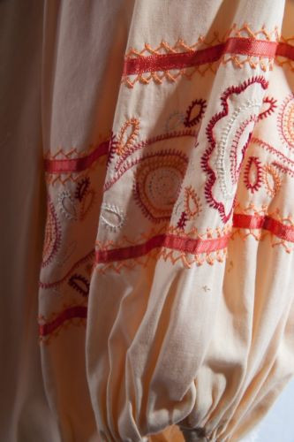 Vintage Char Handmade Peasant Hippie Embroidered Blouse Hand Signed Peach Large
