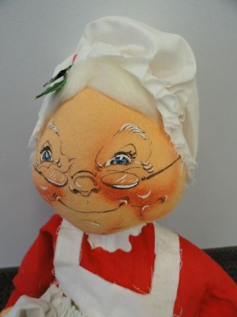 Vintage 1970 Christmas Mrs. Claus Annalee Doll Mobiele Doll Meridith NH 25 x 15