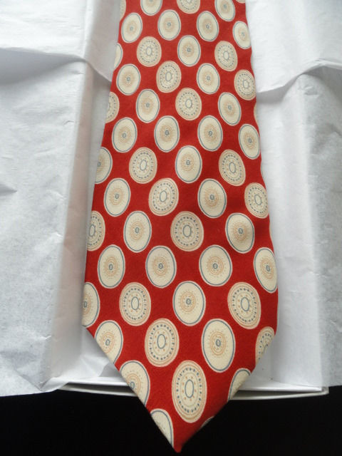 Vintage Men's OLIVER Tie Oval Pattern Made In Italy All Silk NWOT