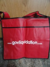 EBAY LIVE 2008 Chicago New govliquidation Red Tote 16x14x16 Adjustable Handle