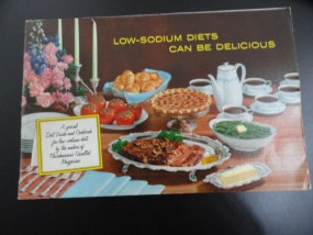 """Vtg Cookbook Pamphlet Low Sodium Diets Can Be Delicious 1966 USA 9""""x6"""""""