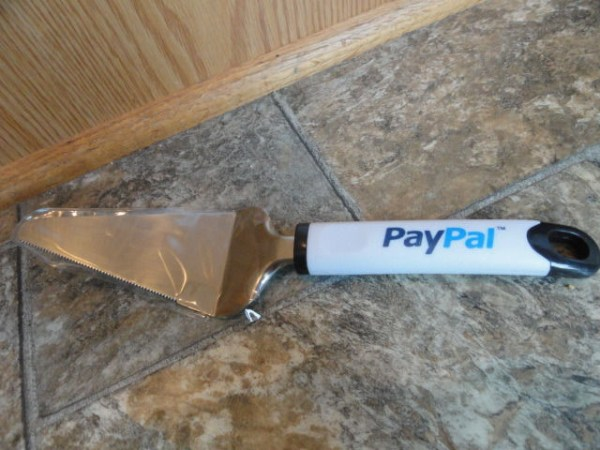 "EBAY LIVE 2008 Chicago New Pay Pal 10"" Cake Cutter"