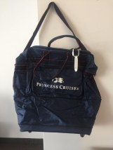 Vtg Princess Cruise Expandable Roller Bag Zippered Navy Blue Logo Great Cond