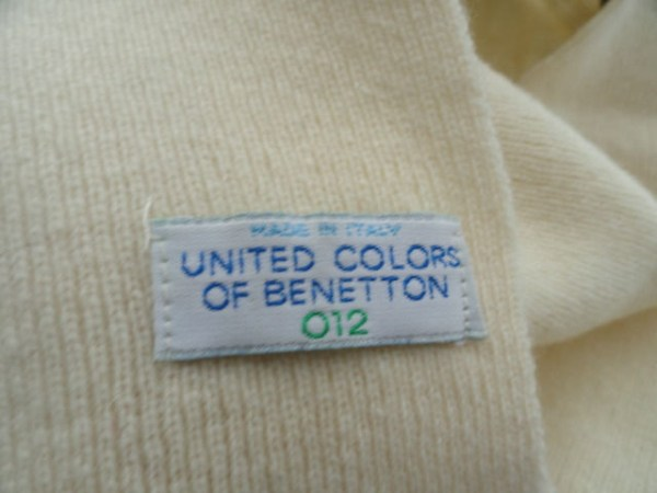 Vintage 1970's Children's United Colors of Benetton Beige Scarf 012