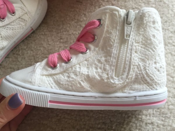 Girls Jumping Beans Off White High Top Sneakers Lace Pink Zipper  JBTUTU 9 NWT