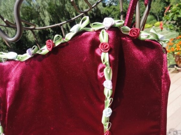 Native Intimates Corset Maroon Flowers Small Nylon Spandex 3 Sets of Hooks 27""