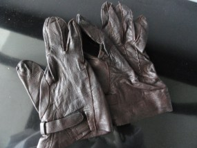Vintage Men's Brown Leather Gloves Velcro at Wrist Preowned Excellent Condition