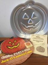 1981 Wilton Jack O-Lantern Party Cake Pan #502-2928 Insert