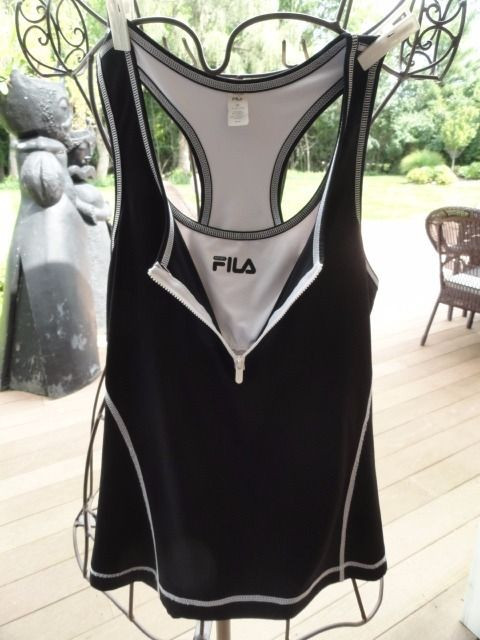 Women's FILA SPORT Black White Razor Back Tennis Top Workout Bulit In Bra Medium