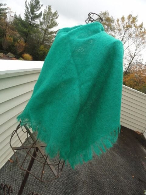 Vtg 1960's THE SCOTCH HOUSE Deep Green Scarf Wrap Triangle Mohair Wool Scotland