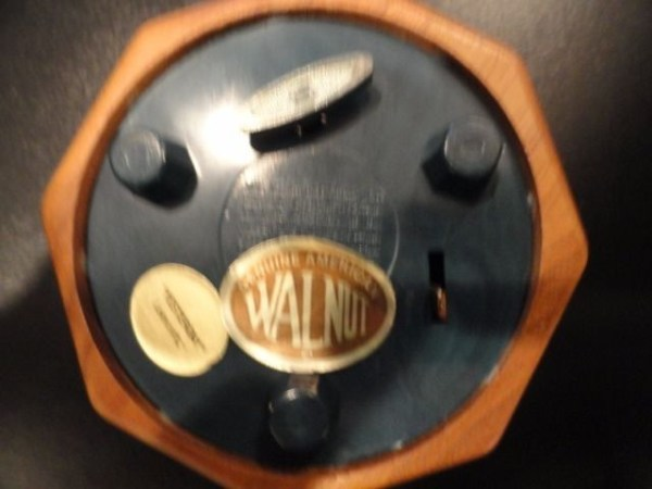 "Vintage Rose Cut Lasercraft Genuine American Walnut Music Box ""Yesterday"" 4"" New"