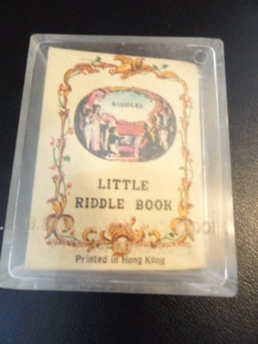 "Vintage ""Mighty Midget"" Miniature Books Set Of 4 B. Shackman Plastic Case Ex Con"