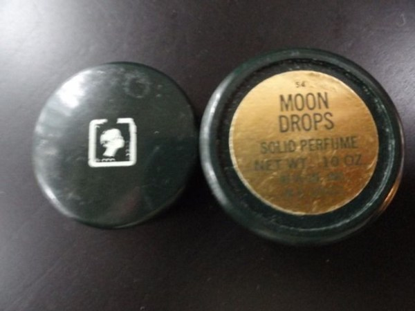 "Vintage REVLON MOONDROPS Solid Perfume Net. Wt. .10 OZ 1"" Used  Great Condition"