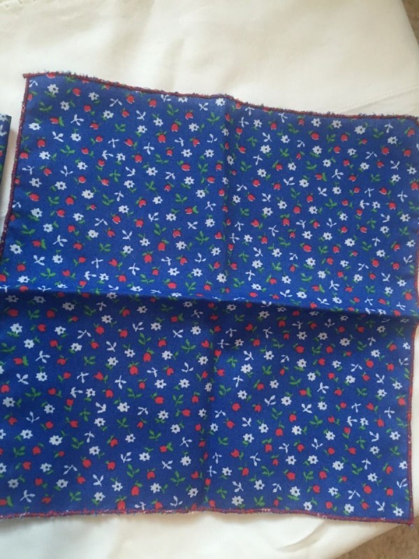 Vtg Mid Century  Handmade 4 Blue Flowered Linen Cocktail Napkins 8.5 x 8.5  New