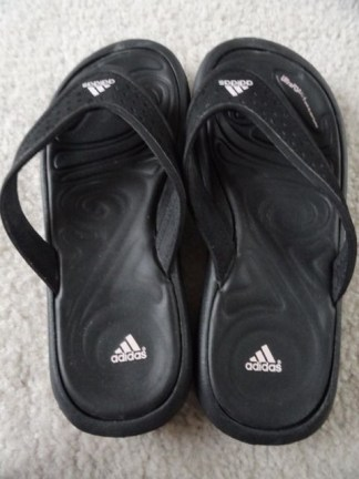 Adidas Ultra Foam + Quick Dry Sport Footed Flip Flop Black Pink Size 2 Preowned