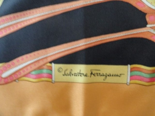 Vtg Salvatore Ferragamo Butterfly 100% Silk Scarf Made In Italy Hand Rolled NWOT