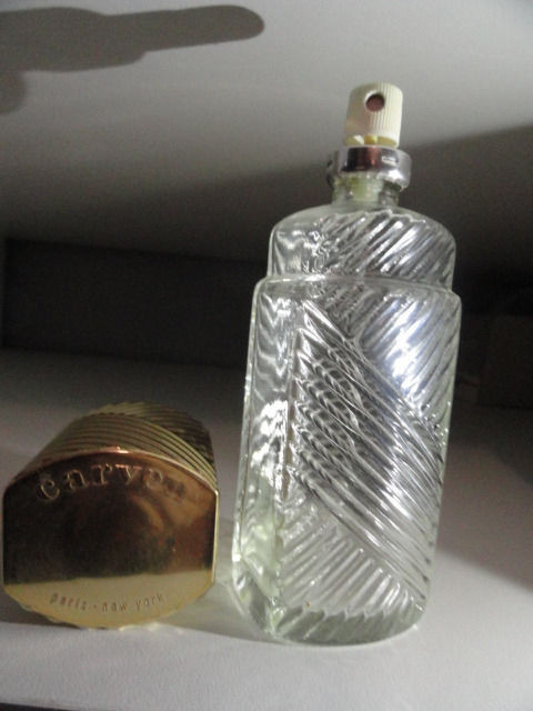 """Vintage Perfume Carven Paris New York Atomizer Empty Small Crack in Lid 6"""""""