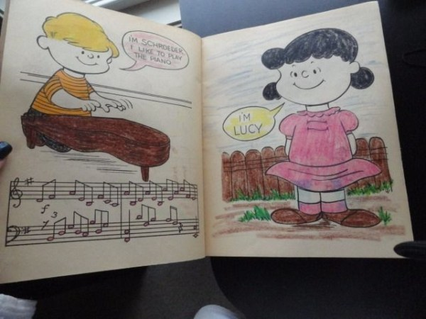 1965 PEANUTS A Book To Color Used Snoopy Charlie Brown Saalfield 80p Red