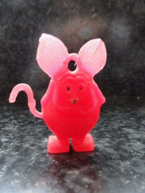 Vintage 1960's Red Rat Fink With Black Eyes Charm Gumball Great Cond