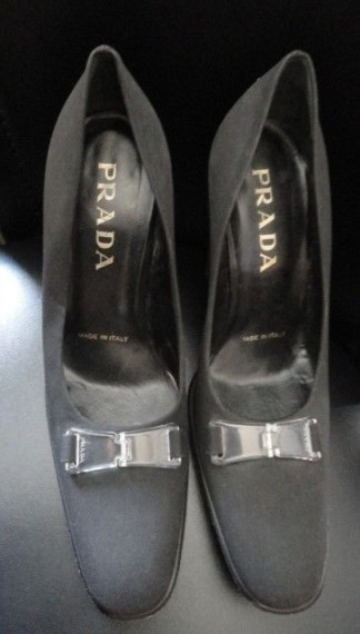 Prada Designer Womens Vero Cuoio Black Heels Shoes Size 36 Made In Italy Pre Own