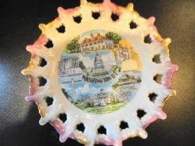 Vintage Souveneir Cut Out Collector Plate Washington D C 5' Great Condition