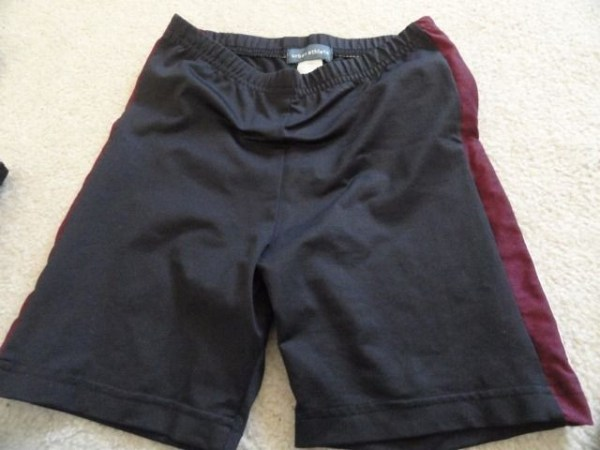 Women's Urban Athlete 4 Piece Set Black Maroon White 2 Tops Pants Shorts Small