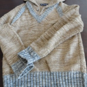 Vtg Men's Designer Sweater COURCHEVEL Made In Bristish Colony Hong Kong M Beige