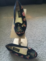 Christmas PRITZ Girls Black Embroidered Velvet Loafers Shoes Size 2.5