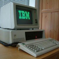Faut-il abandonner le télétravail pour booster l'innovation comme IBM ?