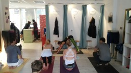 Rocket Yoga Workshop at Lululemon Store in Frankfurt.