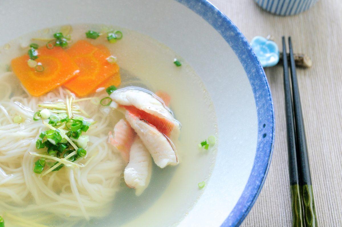 湯清味厚的鮮魚麵線