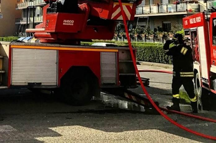 Vatrogasci - požar